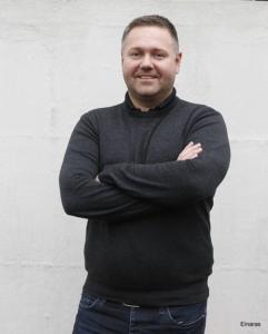 Arnar Þ Jónsson